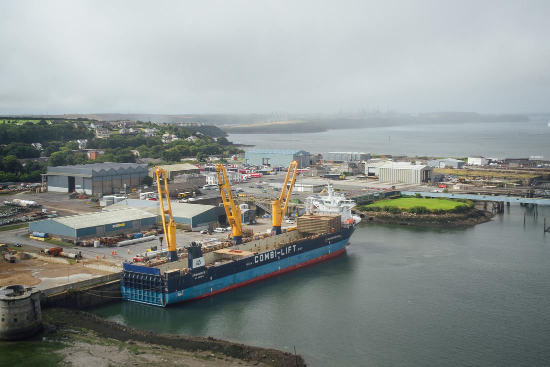 Combi-Lift in operation at Pembroke Port